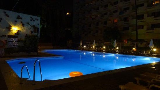 Royal Al-Andalus: The pool at night