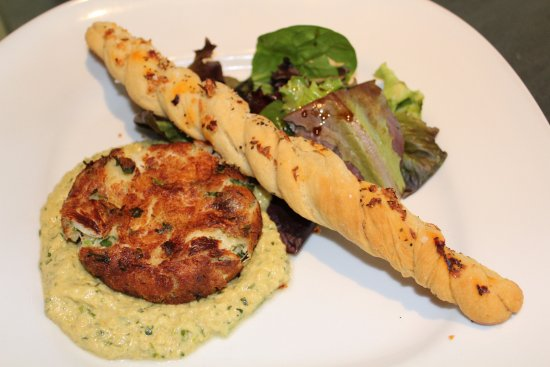 Orange, VA: Maryland Style Lump Crabcake