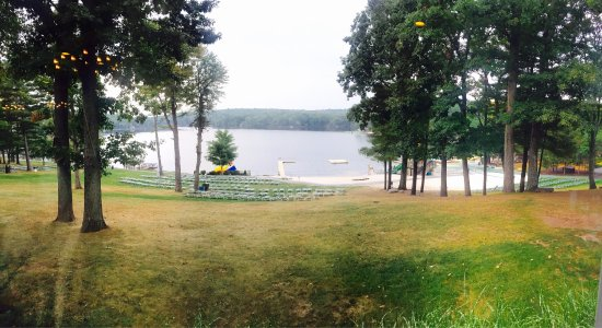 Woodloch Pines Resort: View from the dining room