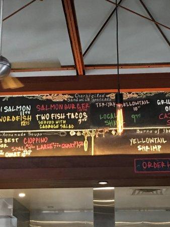 El Pescador Fish Market: photo1.jpg