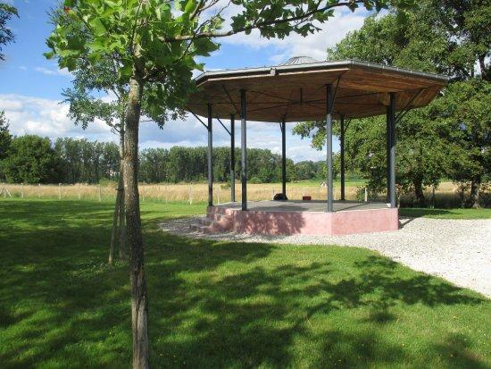Varetz, Frankreich: Kiosque