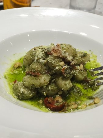 Port Moody, Канада: Real pizza!amazing all the rest, special of the day was gnocchi pesto special recipe!