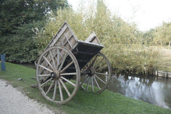 Crevecoeur-en-Auge, Frankrike: a cart