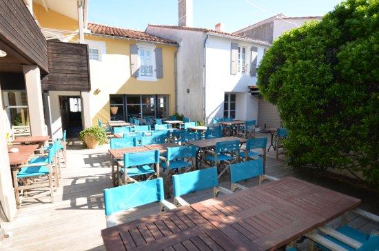 Hotel Restaurant l'Ocean UPDATED 2017 Reviews& Price Comparison (Ile de Re Le Bois Plage en  # Hotel Le Bois Plage En Ré