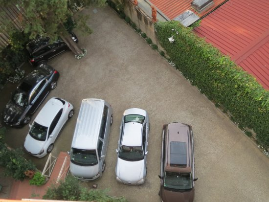 Hotel David Locked Parking