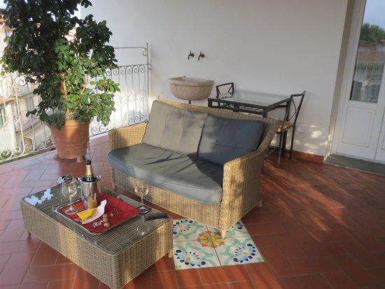 Hotel David: Room 30 balcony overlooking Florence