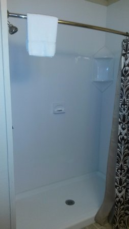 Royal, AR: 1 Bedroom bathroom