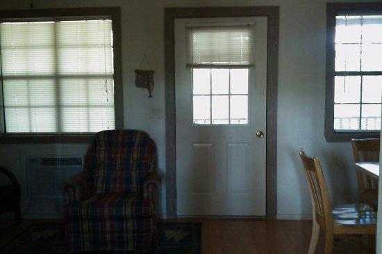 Royal, Арканзас: 1 bedroom cabin view at wall divider