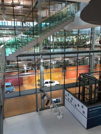 The Transparent Factory of Volkswagen : photo4.jpg