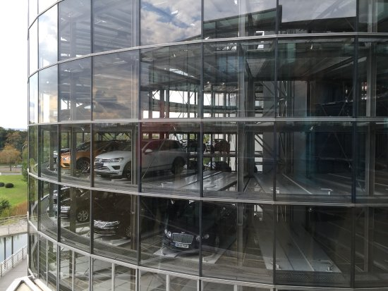 The Transparent Factory of Volkswagen : photo5.jpg