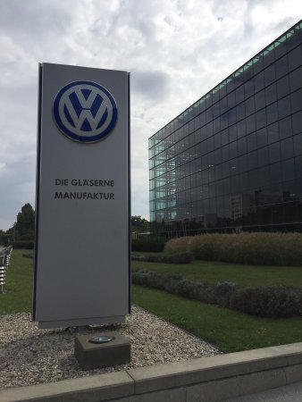 The Transparent Factory of Volkswagen : photo7.jpg