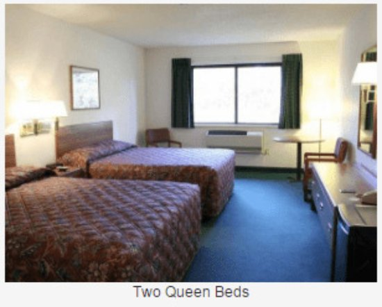 Boulder Junction, WI: Standard Two Queen Bed Room