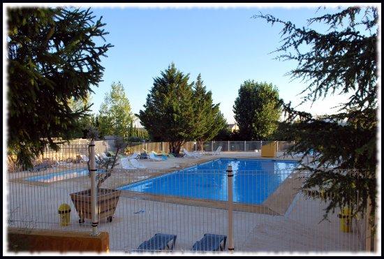La piscine picture of camping saint lazare aups for La piscine review