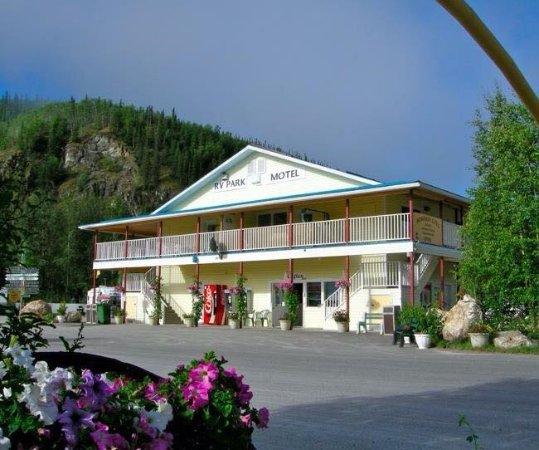 Bonanza Gold Motel & R.v. Park