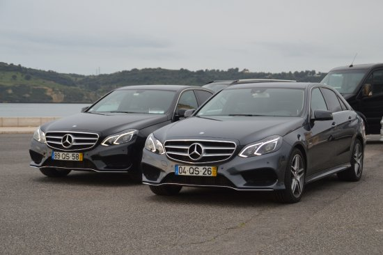 Mercedes Classe E Ano 2016 Ate 4 Clientes Picture Of Gold