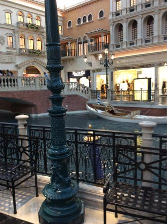 Gondola Rides at the Venetian : photo0.jpg
