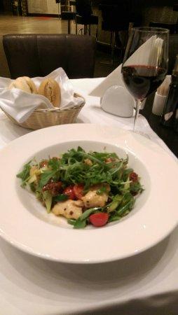ولتون إليفانت هوتل: Good food from the hotel restaurant