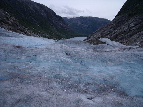 Sogndal Municipality, Noorwegen: Vista del lago desde el glaciar
