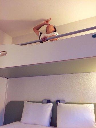Ibis Budget Poitiers Sud: 睡上舖的小心別撞到頭