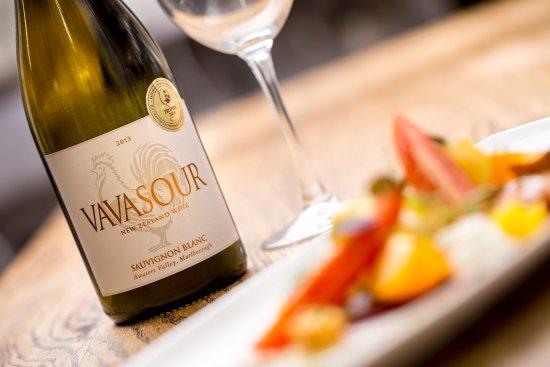 Hazlewood, UK: Vavasour wine