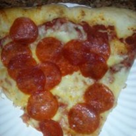 Elizabethtown, NY: One of our huge slices of pizza!