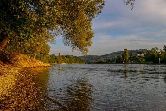 Gailingen, Allemagne : Почти осенний Рейн