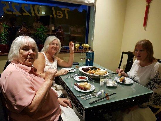 Melksham, UK: ⚘Carol from yorkshire with edna & karen ⚘