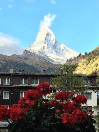 Hotel Dufour Alpin Zermatt: photo0.jpg