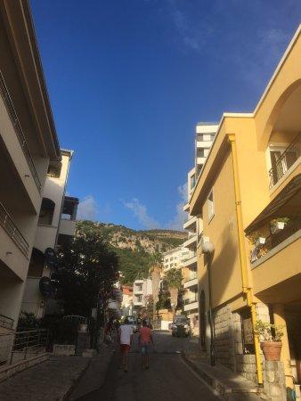 Rafailovici, Montenegro: Walking street from the beach to the hotel