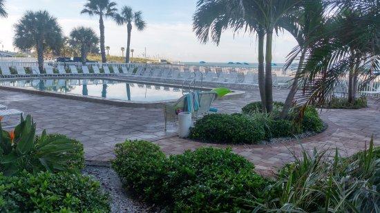 Sandy Shores: Pool area