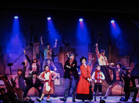 Broadway Palm Dinner Theatre: Mary Poppins