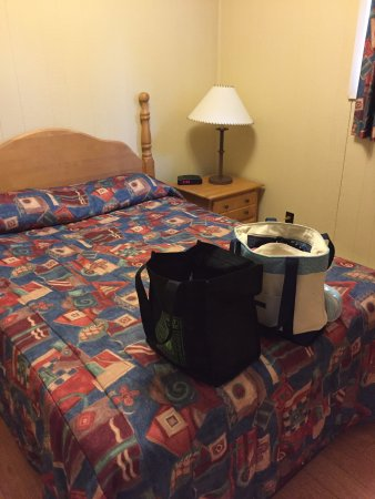 West Bay, Canada : Double Bed