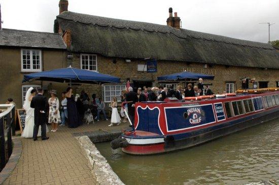 Stoke Bruerne, UK: Canalside - Wedding Reception
