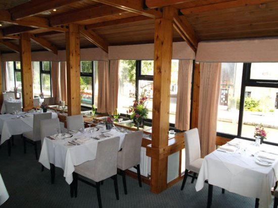 Stoke Bruerne, UK: Woodwards Restaurant - Canalside
