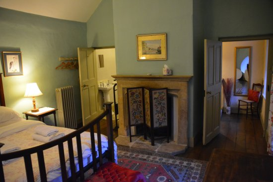 Leixlip, Irland: Upper level bedroom-very large and comfortable