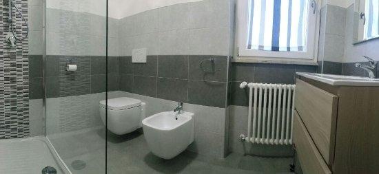 Torrimpietra, Italia: Bagno camera doppia