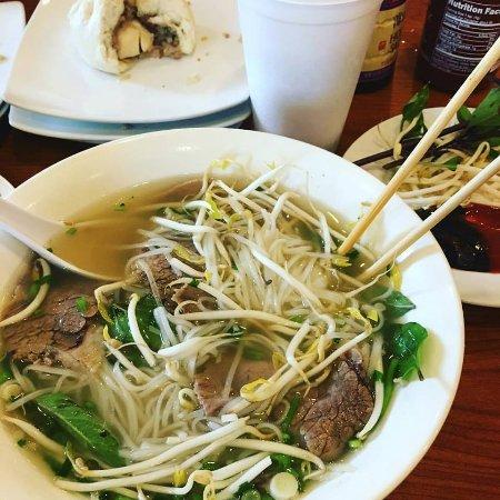 Lam's Vietnamese Restaurant: Combo Pho by Charmaine Houck