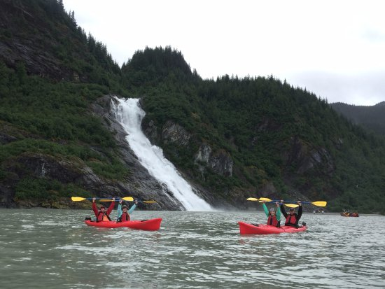 Alaska Travel Adventures: Nugget Falls, our tour guide was also an amazing photographer :)