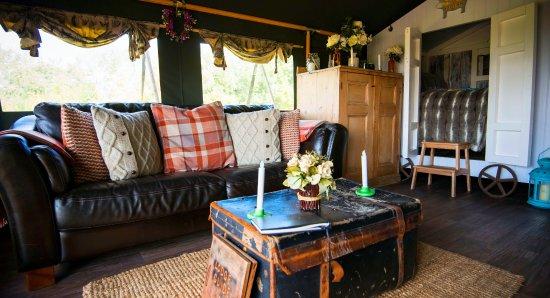 Uppingham, UK: Canvas lodge Ash lounge area
