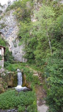 Moustiers Sainte-Marie, ฝรั่งเศส: Cascade