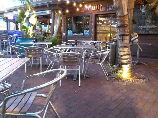 Yucatan Beach Stand Bar: 20160905_015449_large.jpg