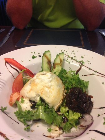 Meliden, UK: Goats cheese & Black pudding starter