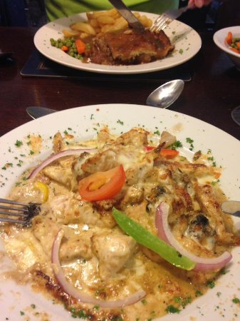 Meliden, UK: Mozzarella and mushroom chicken