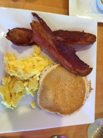 Rockaway Beach, OR: Fabulous breakfast & loved the spiced chai tea latte!