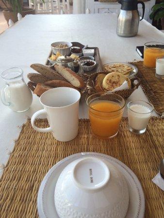 Riad les Orangers d'Alilia Marrakech: Petit déjeuner