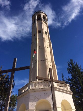 Brunate, Italie : photo0.jpg