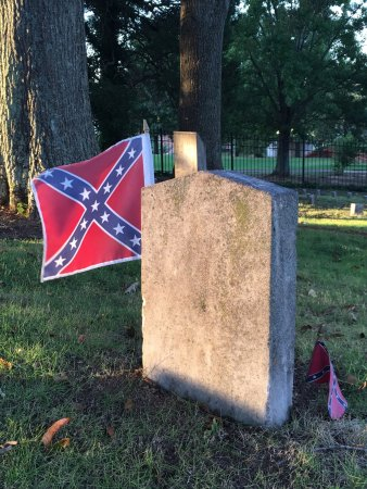 Marietta Confederate Cemetery: photo9.jpg