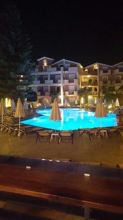 Contessina Hotel: 20160918_221242_large.jpg