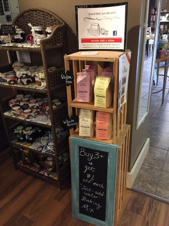 Summerland, Canadá: Blissful Belly Baking mixes.