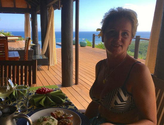 Emaho Sekawa Resort: Delicious lunch on the deck